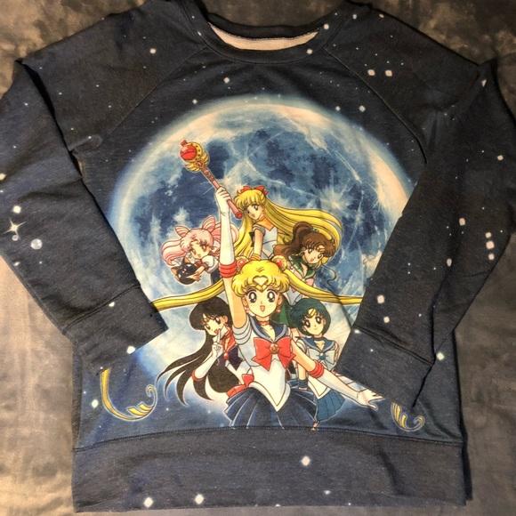Hot Topic Tops - Sailor Moon shirt